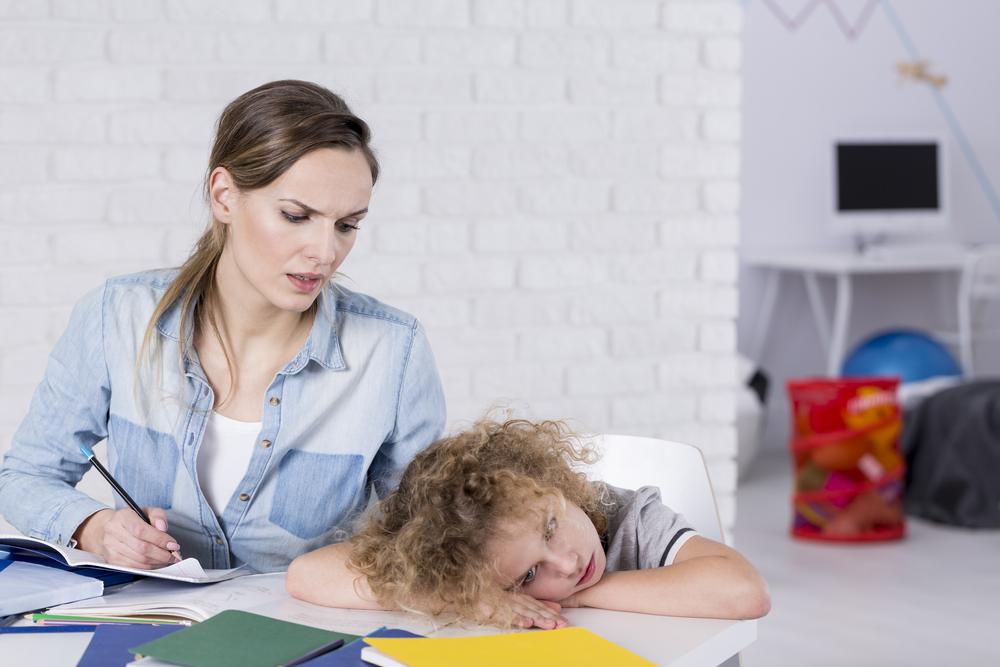 Öğrenim güçlüğü olan bir çocuğa öğretirken nelere dikkat etmeliyim?